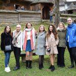 Spoločná fotka účastníčok projektu Colours of youth work na návšteve Bardejova.